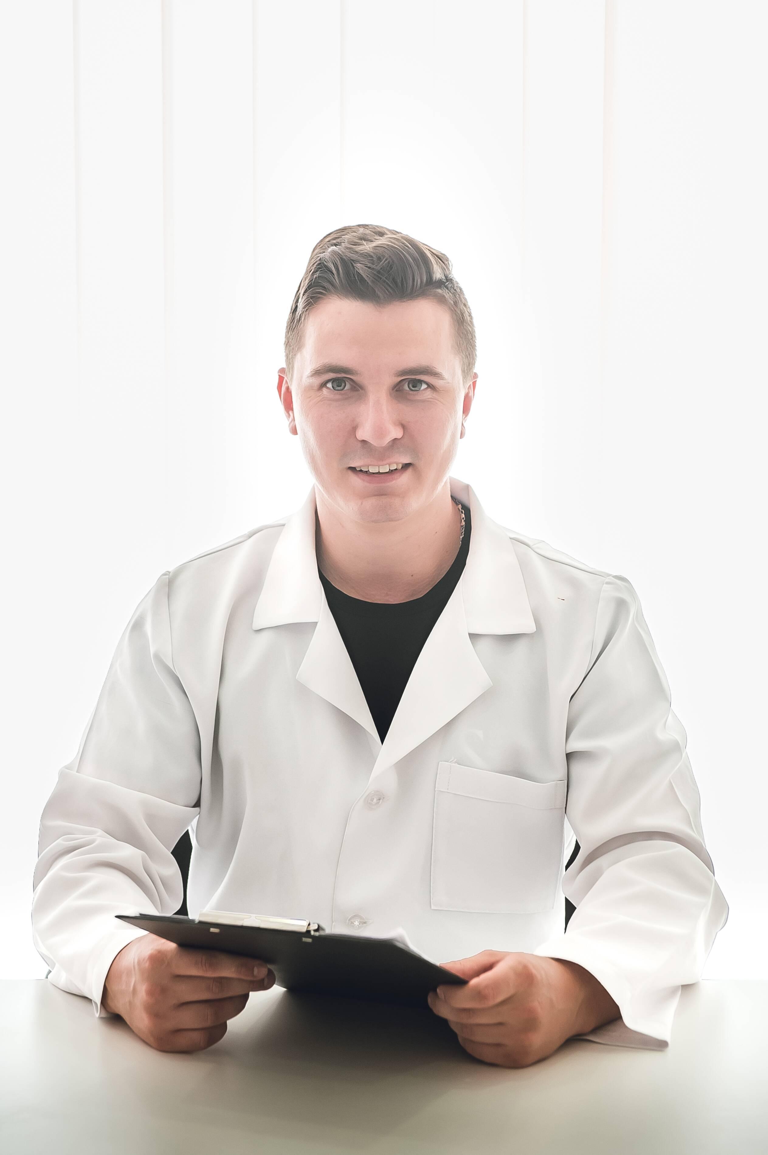 лікар Шустик  Ігор Сергійович: опис, відгуки, послуги, рейтинг, записатися онлайн на сайті h24.ua